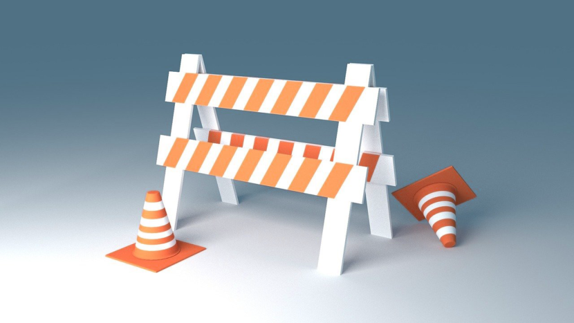Baustellenabsperrung und Pylone